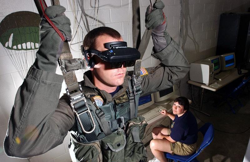 שליטה במצנח באמצעות VR מציאות מדומה