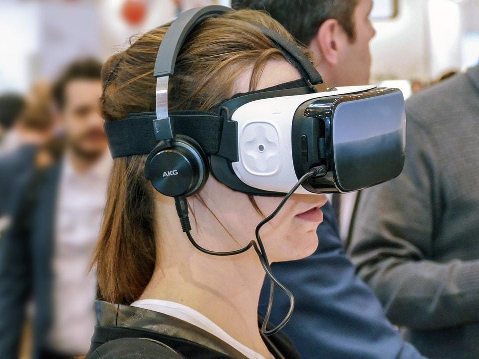 משקפי VR של OCULUS