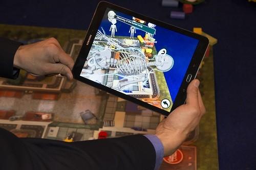 שימוש במציאות מדומה ורבודה ללימודי רפואה ומשחק לילדים